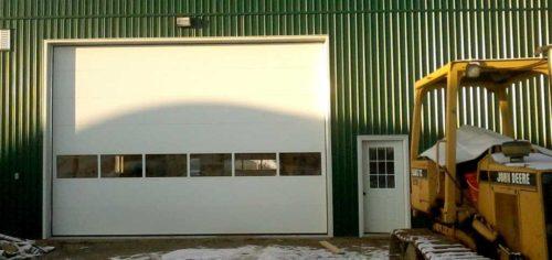 Barn-Overhead-Door-with-Glass